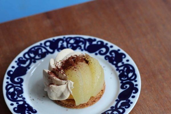 〔今月のケーキ〕洋なしのタルトレット