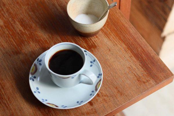 【カフェ休業と定休日変更のお知らせ】