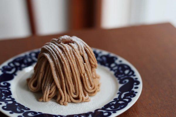 季節のスウィーツ♪モンブランやチョコレートムースも
