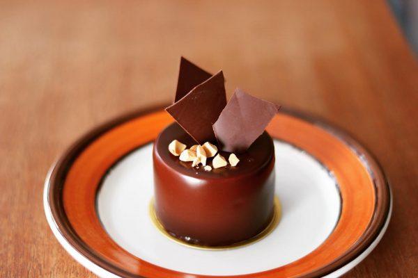 チョコレートの新作ケーキが登場!
