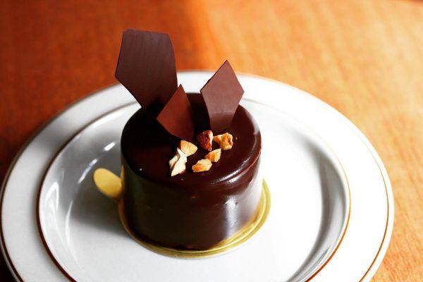 チョコレートムース×自家製ラムレーズン