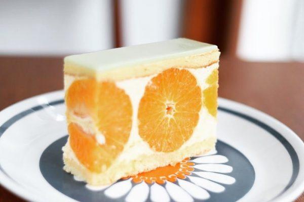 期間限定:かねよし農園さんの青バレンシアオレンジのケーキ